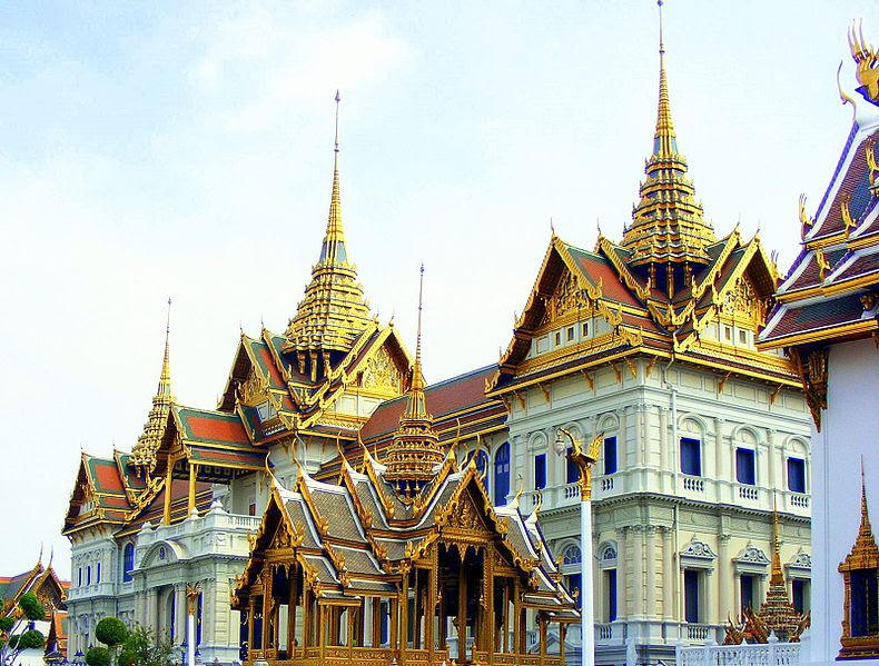 File:The Grand Palace of Thailand 2.jpg