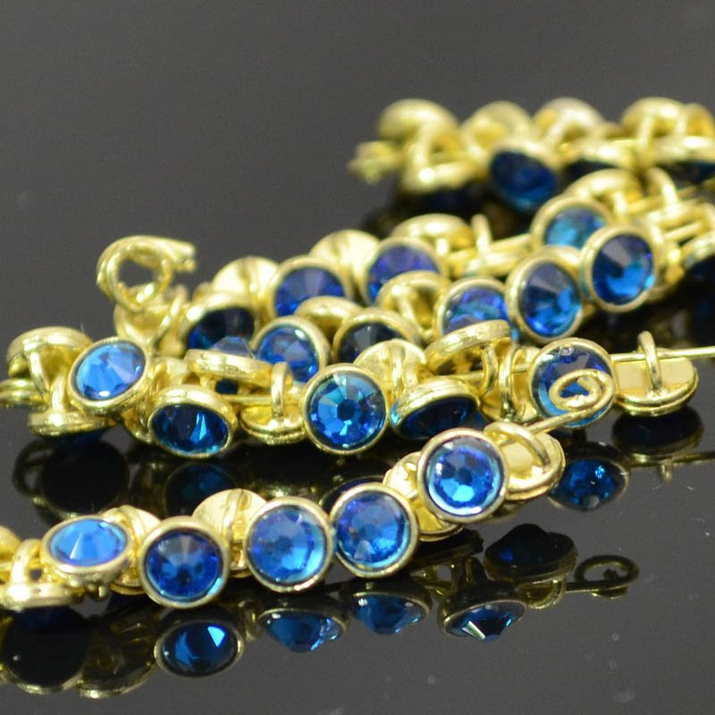 s39320 Crystaletts - 4 mm Rhinestone Button - Capri Blue / Gold (20)