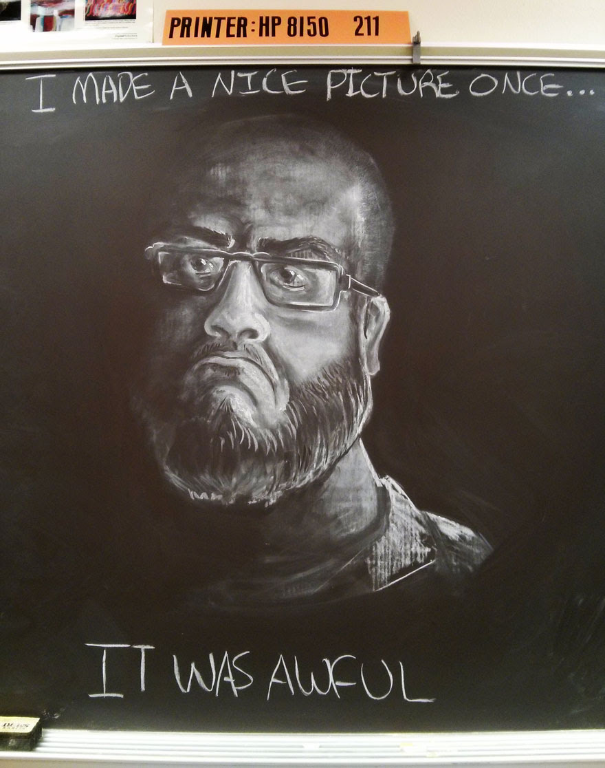 profesor-arte-dibujos-tiza-pizarra-nate (3)