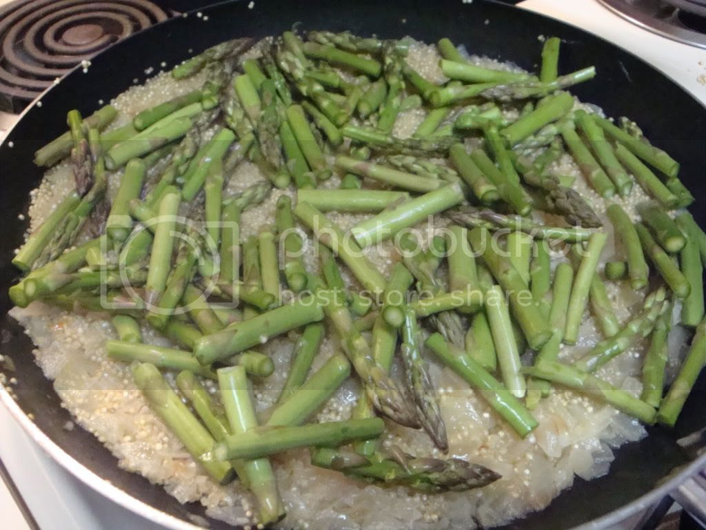 asparagus steaming with quinoa