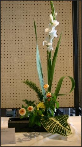 Ikebana Japanese Flower Arranging History Styles And Basics