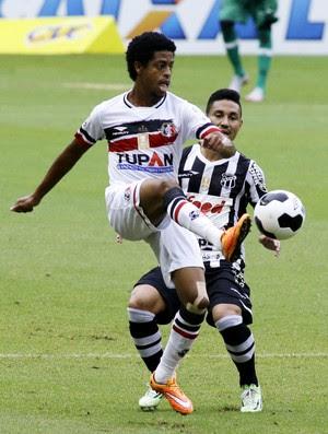 Keno Ceará Santa Cruz Copa do Nordeste (Foto: LC Moreira / Agência Estado)