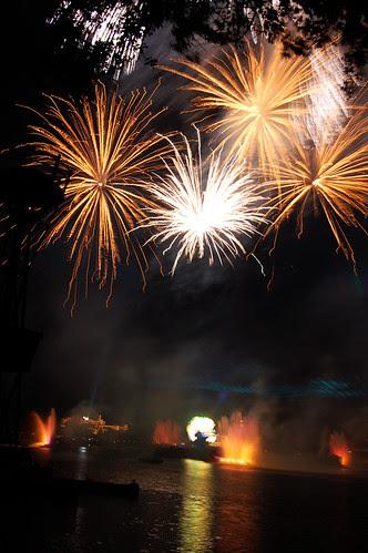 Disney Fireworks - 06.01.09 (33 of 58)