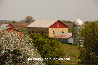 Thomas Stone Barn, 1881, Iowa County, Wisconsin