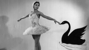 Fonteyn in Swan Lake, 1951