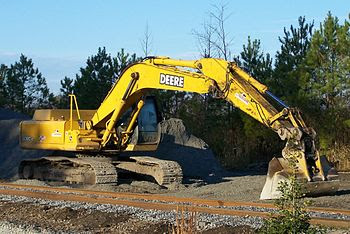 English: Deere construction equipment in Suffo...
