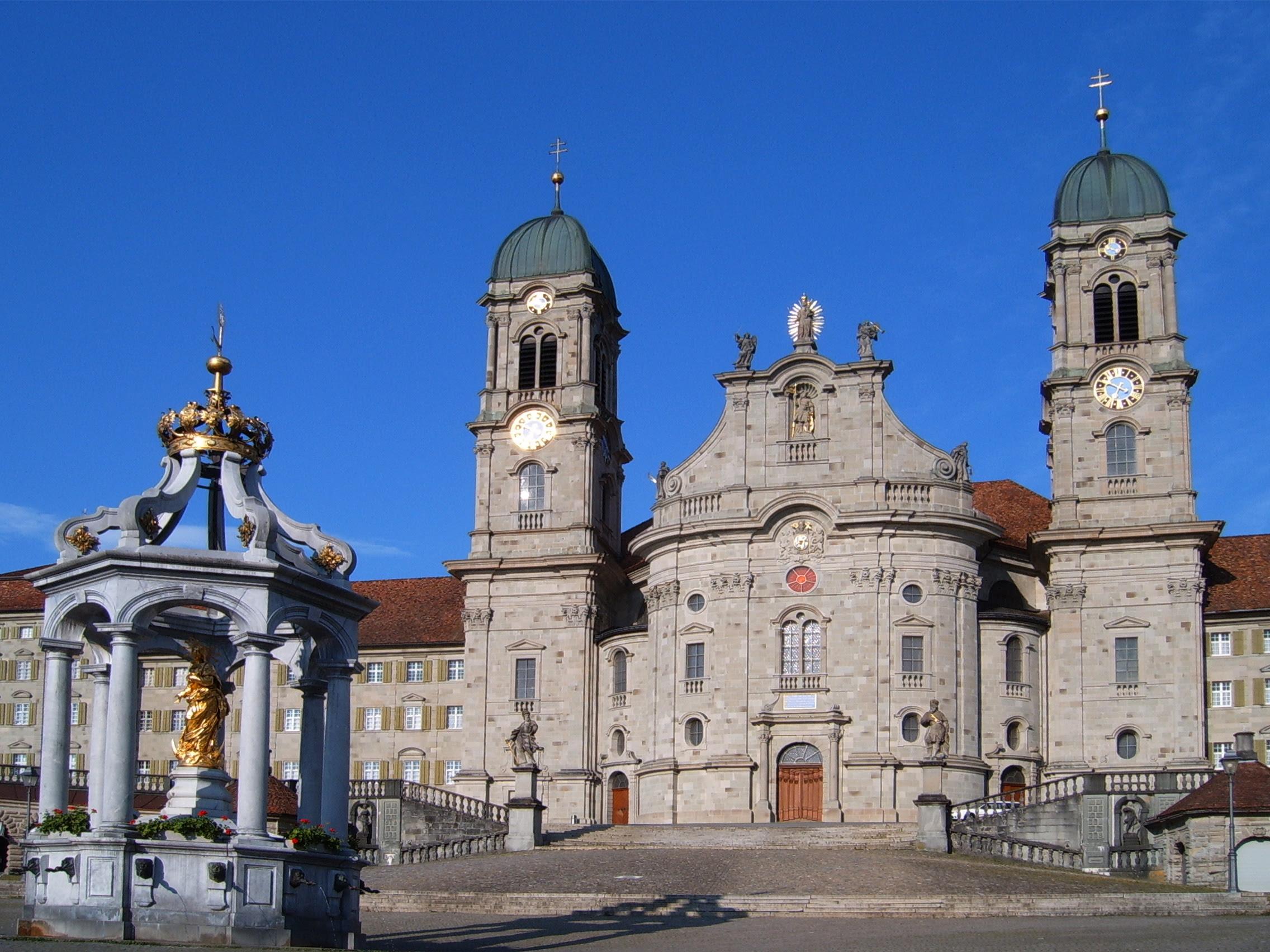 http://upload.wikimedia.org/wikipedia/commons/5/58/Kloster_Einsiedeln_001.jpg