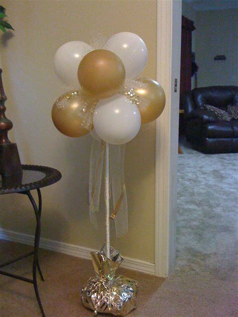 anniverary balloon bouquet  dowel rod  inserted