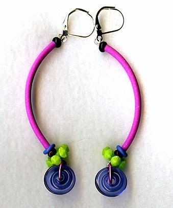 SALE KINETIC EARRINGS by droolworthy on Etsy, $10.00