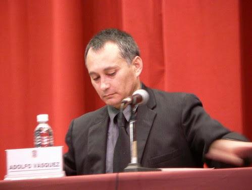 Dr. Adolfo Vasquez Rocca Conferencia Biopolítica por ti.
