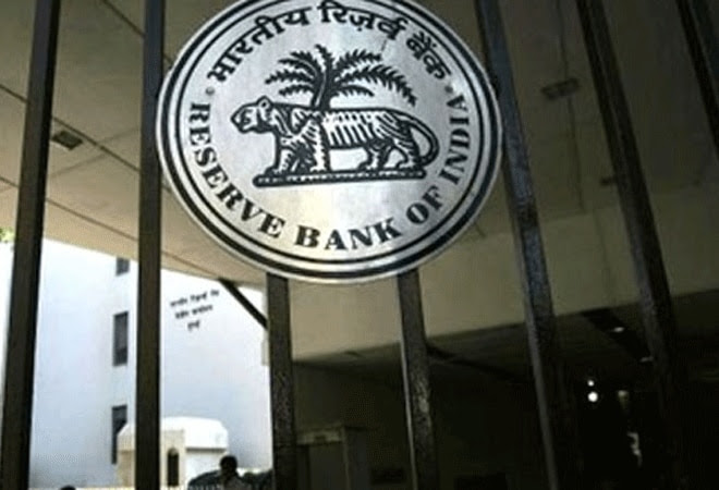 Payment banks unlikely to eat into large lenders' biz: Crisil