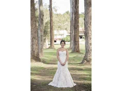 Monique Lhuillier bl1504, $1,700 Size: 10   Used Wedding