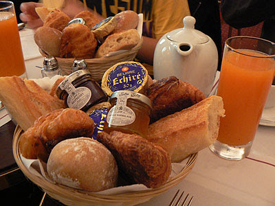 viennoiseries brunch.jpg