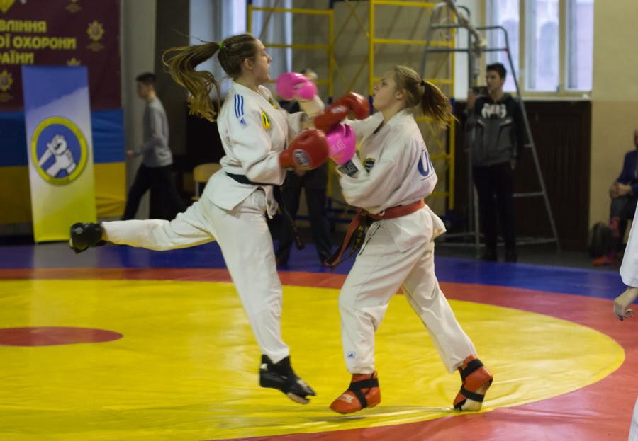 Картинки по запросу женский рукопашный бой фото