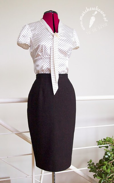 marchewkowa, szyciowy blog roku 2012, szycie, moda, retro, vinage, Burda 12/2012, #108, spódnica ołówkowa, Simplicity 2813, 50s, plisowanie, zakładki, tweed, wełna, wool, pencil skirt, sewing, fashion