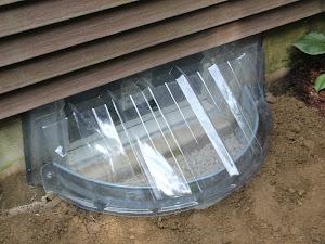 El método más eficaz para instalar un pozo de ventana en la Fundación