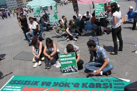 Los jóvenes turcos en la plaza de Taksim. | Ángeles Lucas