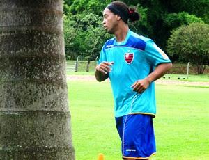 Ronaldinho Gaúcho no treino do Flamengo em Londrina (Foto: Janir Junior / GLOBOESPORTE.COM)