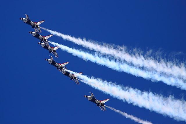 IMG_3367 Thunderbirds, Travis AFB Air Show