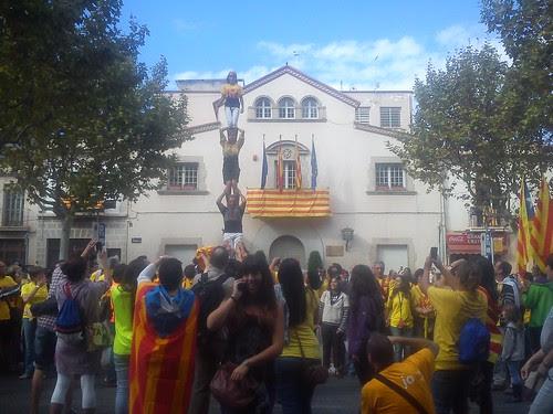 pilar de quatre a la via catalana a esplugues de llobregat