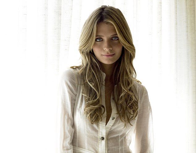 Mischa Barton is said to have used products which used the so-called temple hair