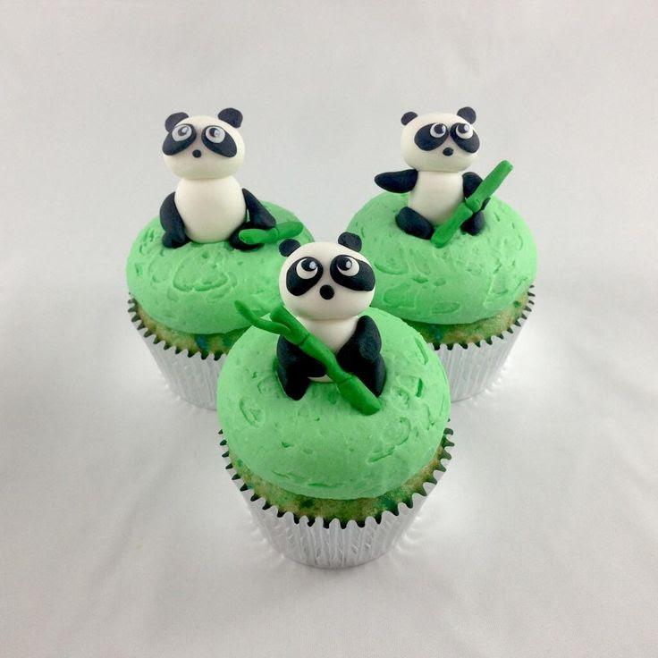 #panda cupcakes