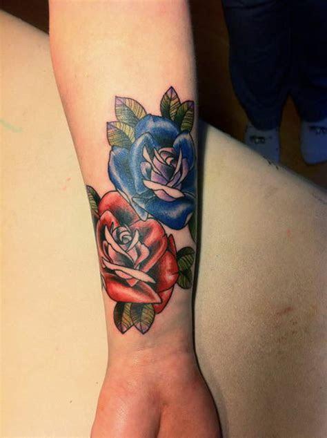 cute sensational wrist tattoos designs