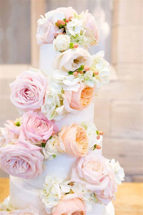 WEDDING CAKE FLOWERS ? Passion for Flowers
