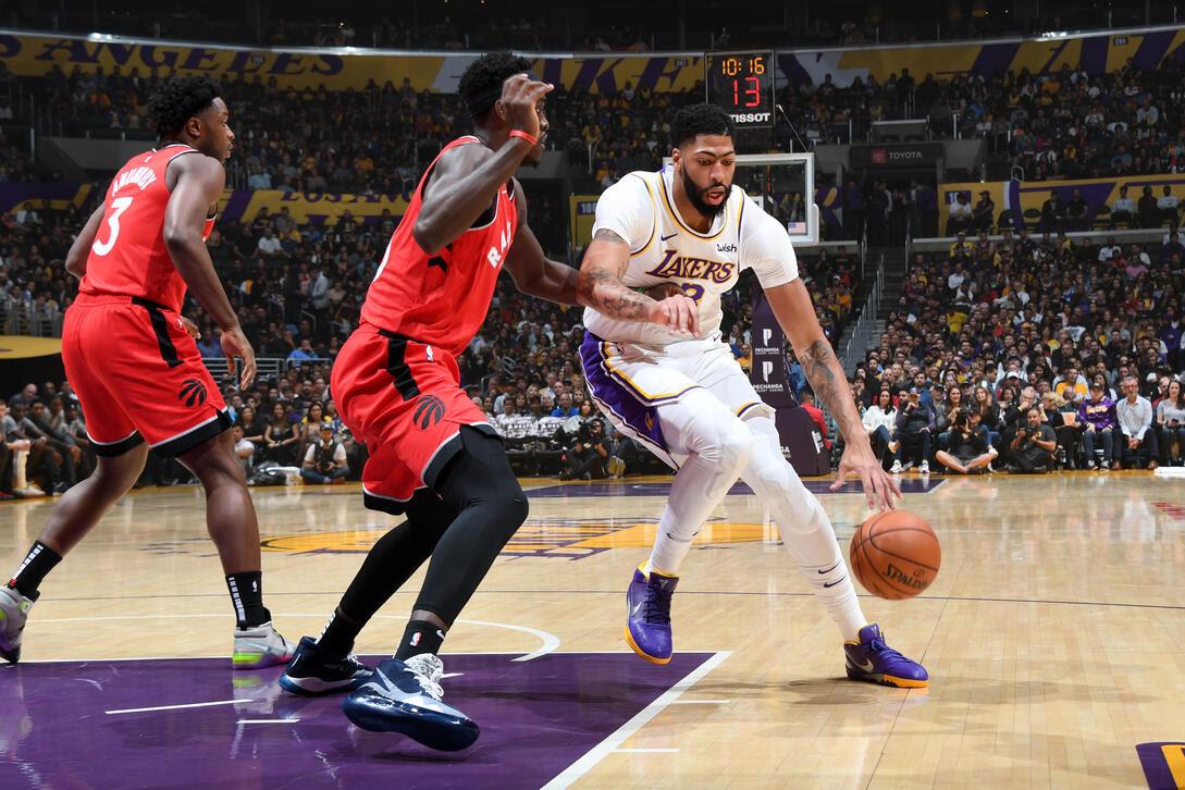 Lakers Struggle in Loss to Raptors | LakerStats.com