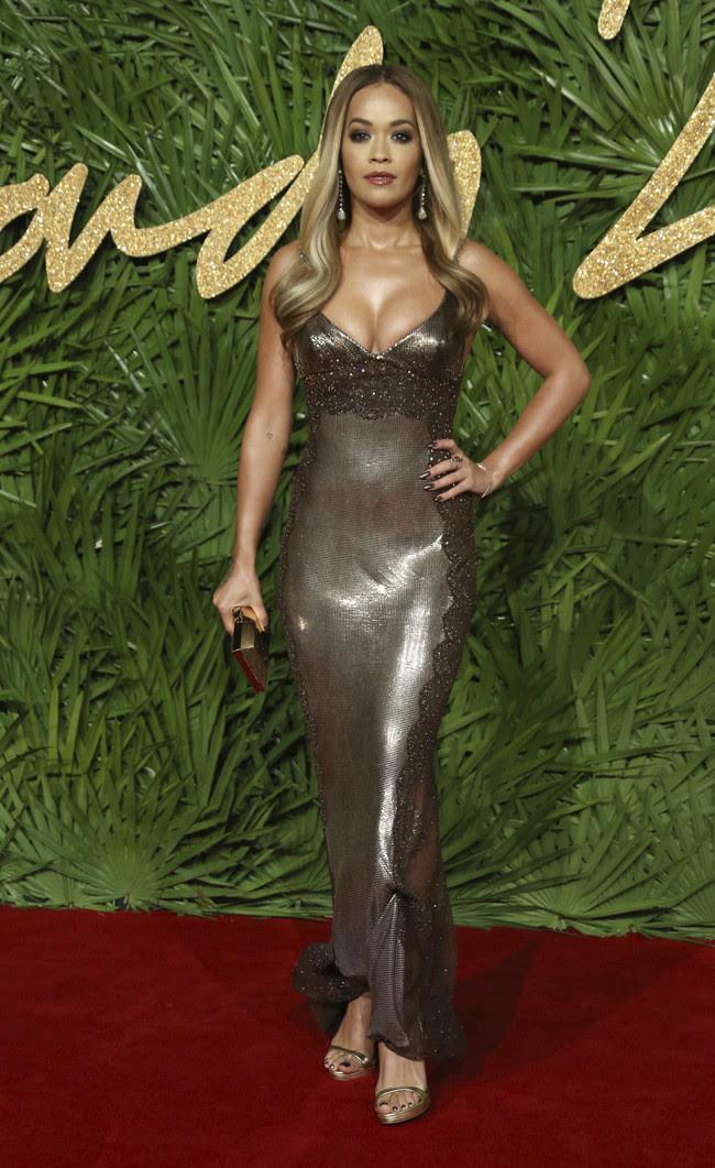 british fashion awards alfombra roja Rita Ora