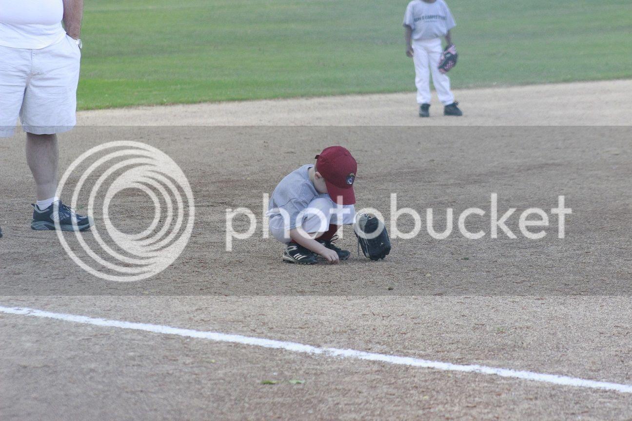 photo baseball17_zpskv2ngmrm.jpg