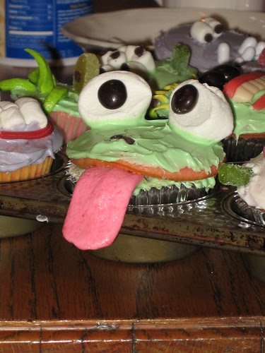 Halloween Cupcakes- Froggy