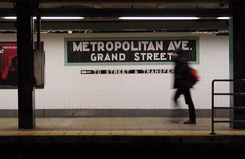 Metropolitan Ave Station