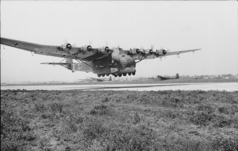 File:Bundesarchiv Bild 101I-596-0367-05A, Flugzeug Me 323 Gigant.jpg