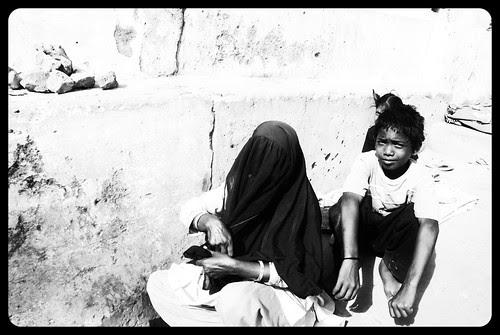 Ek Din Hamare Sath Bhik Mang Kar Dekh  Pata Chalega Ate Dane Ka Bhao by firoze shakir photographerno1
