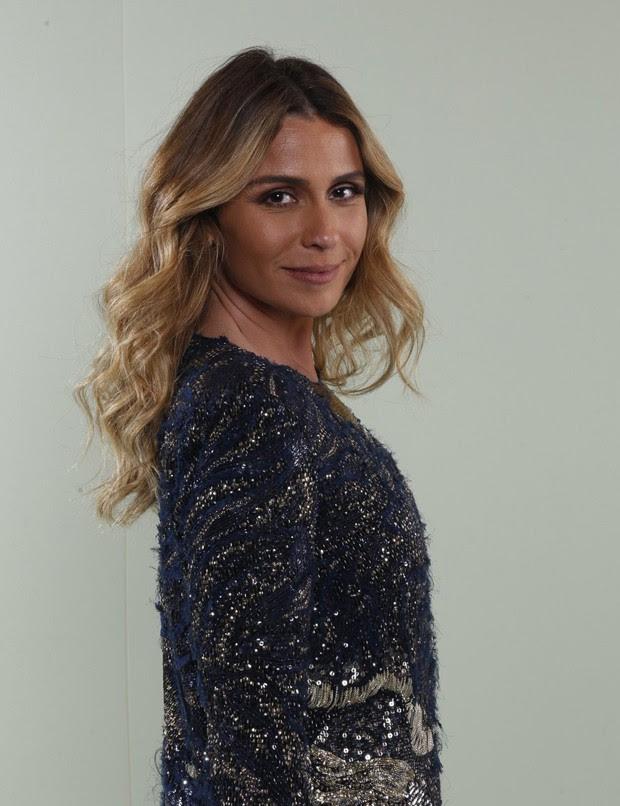 Aprenda a fazer a maquiagem usada por Giovanna Antonelli na festa de 'A Regra do Jogo'