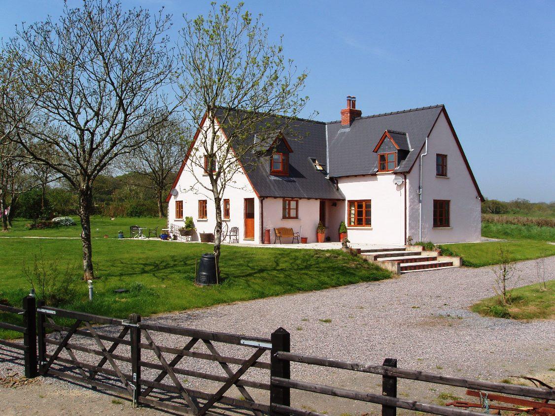Farmhouse1 Catholic Lane