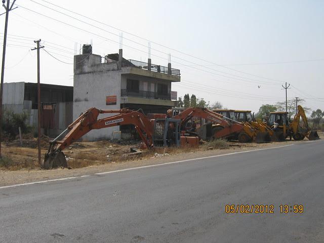 Visit Sukhwani Scarlet - 1 BHK, 1.5 BHK, 2 BHK & 3 BHK Flats - near Aurvedic College, on Kesnand Road, Wagholi, Pune 412 207 - 4