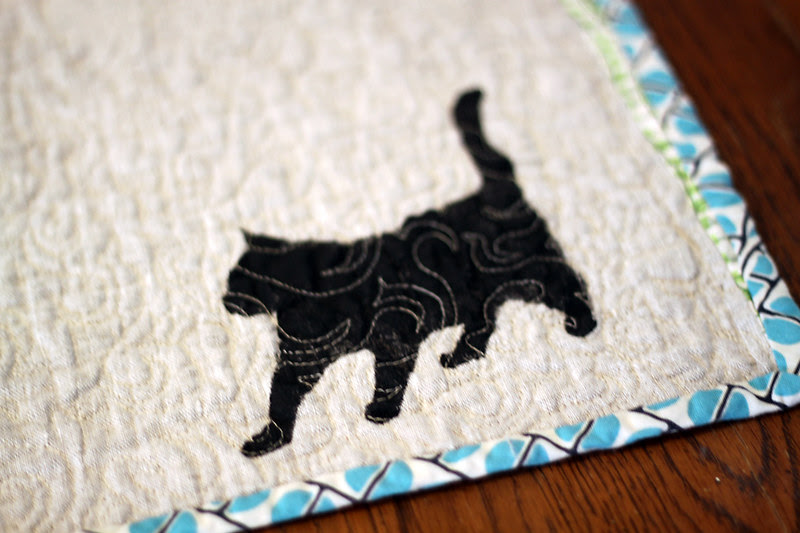 Here kitty, kitty table runner