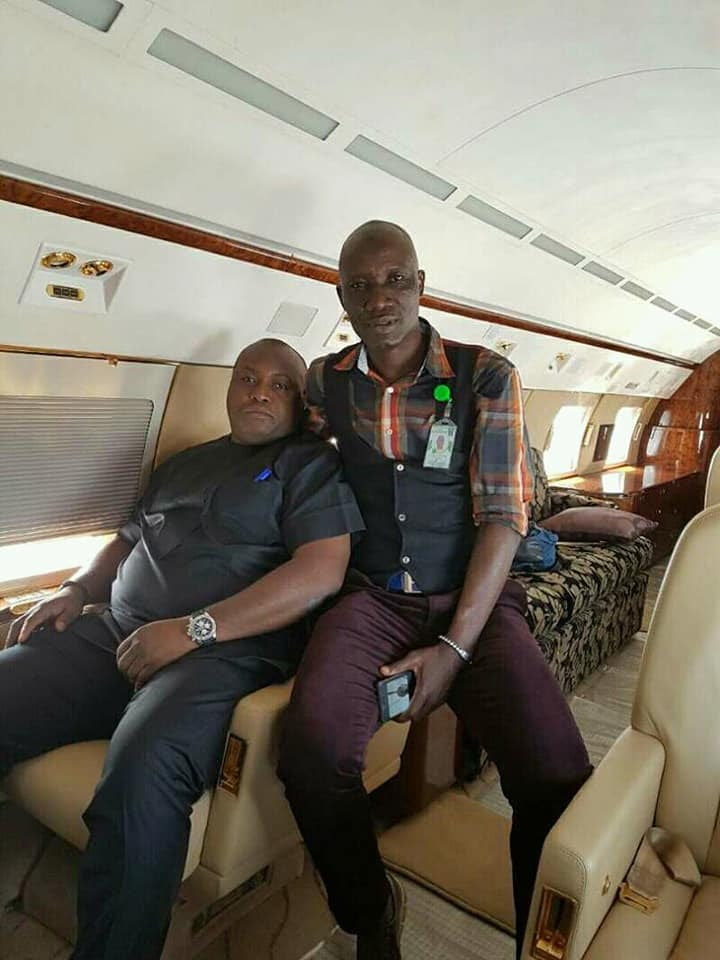 Nigerian Coach Signs Contract With Ifeanyi Ubah Inside A Private Jet (Photo)