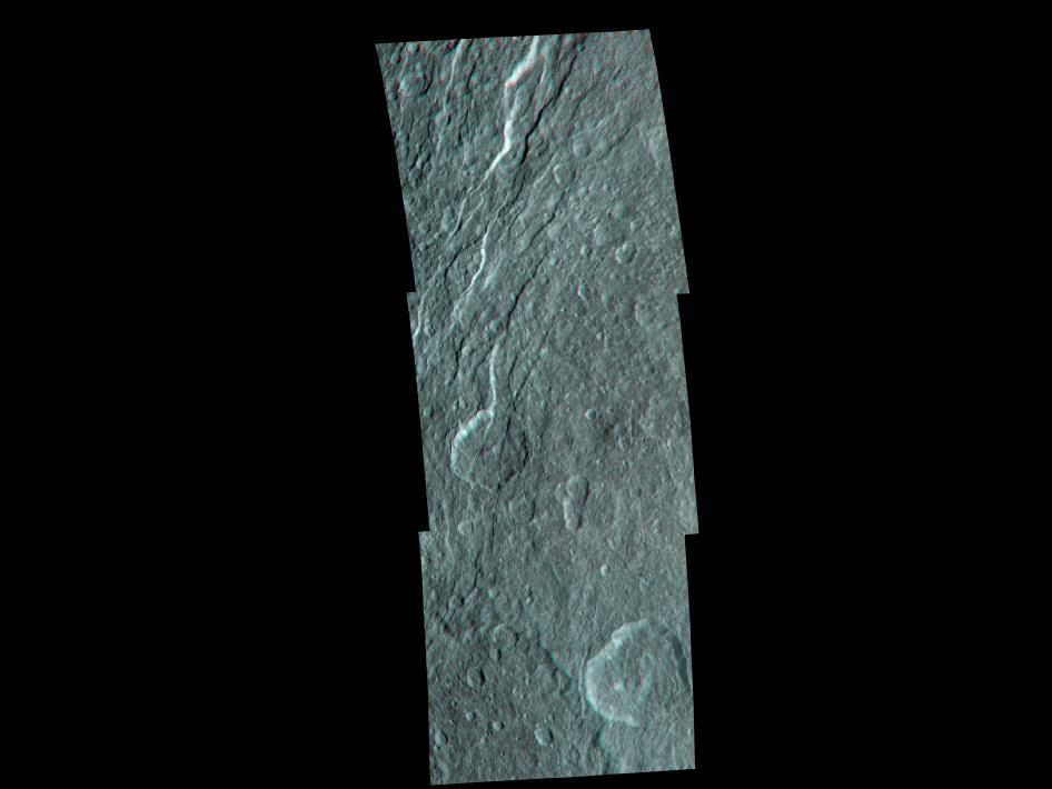 Rhea's fractured terrain in 3-D