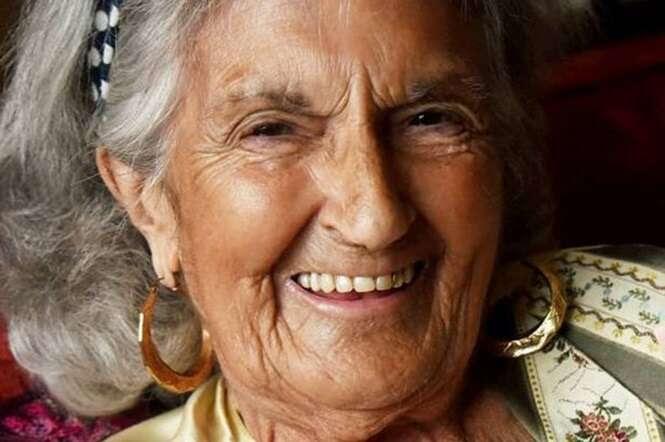 Idosa de 83 anos compra dois bilhetes premiados de loteria no mesmo dia