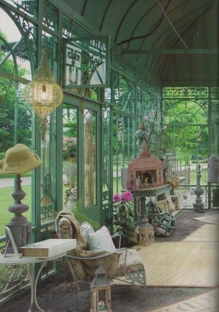 26 Charming And Inspiring Vintage Sunroom Décor Ideas ...