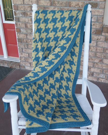 Cozy Houndstooth Afghan - Crochet Pattern