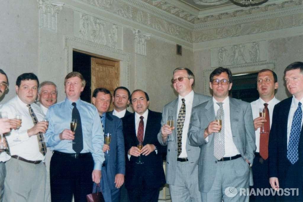 Перестройка была вынужденной мерой, чтобы сохранить сеть КГБ СССР