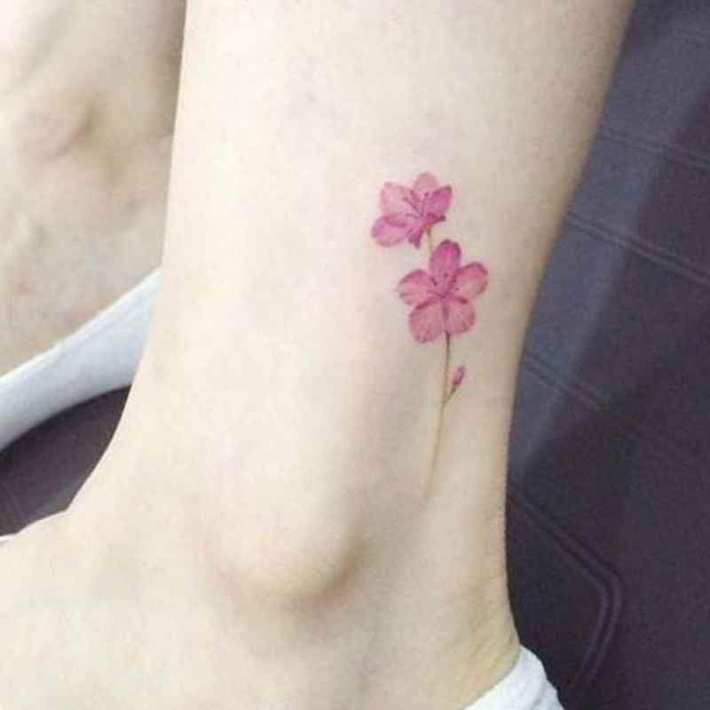 24 Small Flower Wrist Tattoos Styles 2018