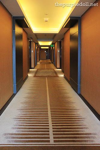 Acacia Hotel Manila Hallway