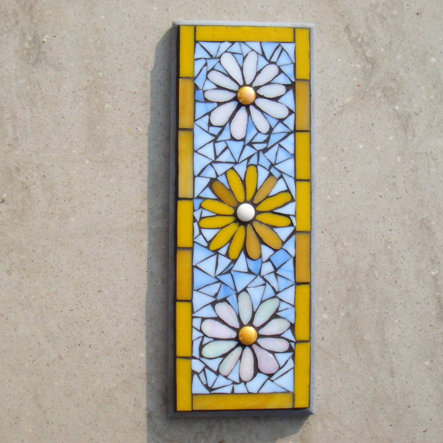 Daisies Mosaic Wall Plaque Decor IndoorOutdoor by FunkyMosaicsUK