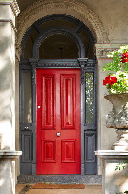 Traditional Exterior by Dulux Paint