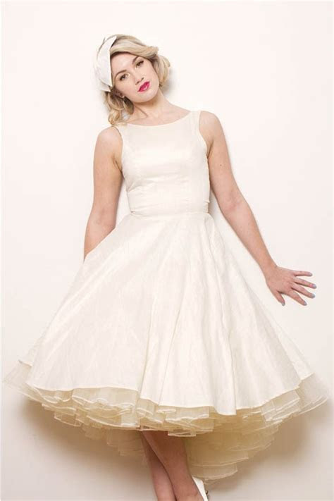 Oh My Honey ~ Gorgeous 1950s Style Dresses   Exclusive